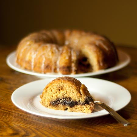 Buttermilk cinnamon streusel bundt